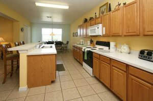 Orlando vacation rental home with kitchen